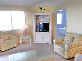 CONDO: BRIGHTON TOWER 1701 DIRECT OCEANFRONT - Myrtle Beach vacation rentals
