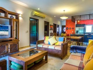 40% OFF NOW! Open Floor Plan with tranquil views! - Playa del Carmen vacation rentals