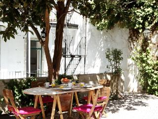 Bernardim Beige In Central Lisbon - Alvorge vacation rentals