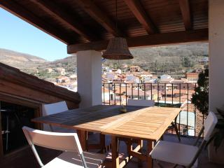 Charming rural house with big terrace - Extremadura vacation rentals