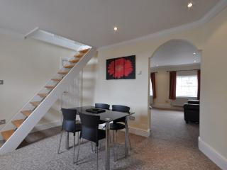 Luxury Apartment overlooking Windsor Castle - Windsor vacation rentals