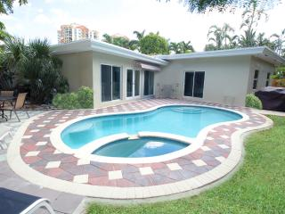 Across from beautiful tranquil beach! 4bedrooms 3 baths - Oakland Park vacation rentals