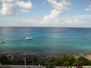 New 2 Bdrm, 2.5 bath Penthouse, Pool, Tennis, Gym! - Cozumel vacation rentals