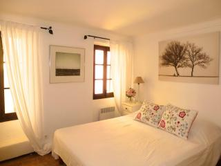 Adorable House With WiFi In Medieval Village - Cagnes-sur-Mer vacation rentals