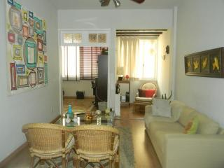 EXCELLENT 1BR IN IPANEMA, UP TO 4 PEOPLE! - Ipanema vacation rentals