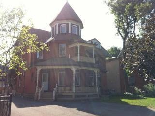 Fabulous furnished 2 bedroom in Victorian turret - Ottawa vacation rentals