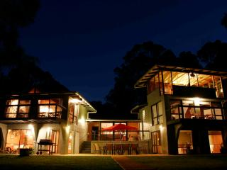 Massive Holiday House + spa in Margaret River, WA - Margaret River vacation rentals