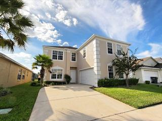 A SUMMER BREEZE VILLA: 7 Bedroom Home with Game Room - Davenport vacation rentals