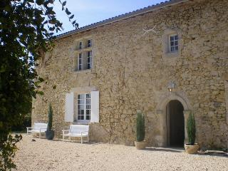 Stunning Medieval Farmhouse with Private Pool. - Sigalens vacation rentals