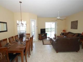 TH4P842BD Convenient and Comfortable Haven near world-class Theme Parks - Davenport vacation rentals