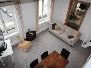 Superb Notting Hill flat. - London vacation rentals
