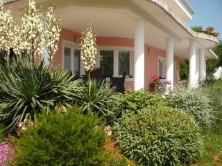 Lovely studio apartment Amelie for 4 persons in Opatija - Novalja vacation rentals