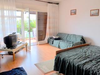 CHRIS apartment for 2 in Icici - Novalja vacation rentals