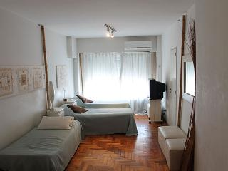 Carlos Pellegrini and Marcelo T Alvear st, Centro (D171CE) - Buenos Aires vacation rentals