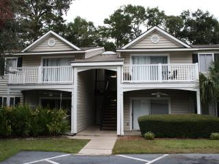 2BR Condominium in St. Simons Island Village Area. Pool, Tennis, Fitness Center and More! - Georgia Coast vacation rentals