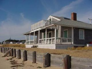 3 Bedroom Cottage on Mayo Beach (1670) - Wellfleet vacation rentals