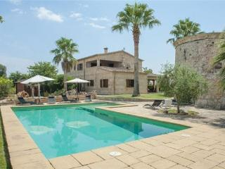 Holiday house for 10 persons, with swimming pool , in Buger - Majorca vacation rentals