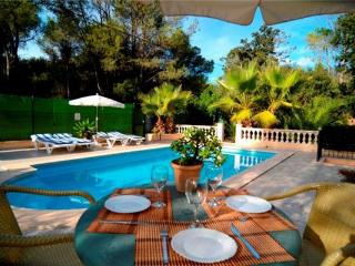 Holiday house for 4 persons, with swimming pool , in Sa Pobla - Sa Pobla vacation rentals