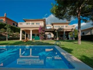 Holiday house for 7 persons, with swimming pool , in Cala Vinyes - Sol de Mallorca vacation rentals
