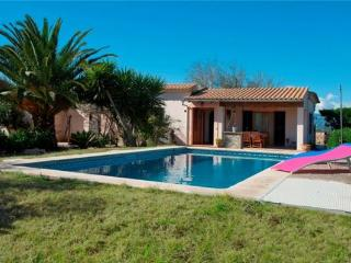 Holiday house for 4 persons, with swimming pool , in Playa de Muro - Muro vacation rentals