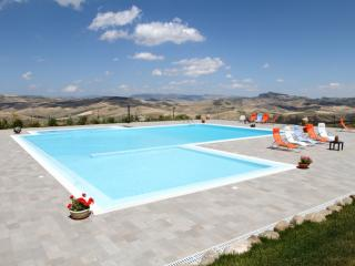 FARMHOUSE MEDITERRANEO: Sicilian farmhouse with private pool, hammam, sauna, jacuzzi - Sicily vacation rentals