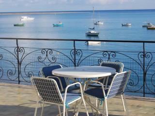 VILLA MARINELLO: charming villa on the beach (10 mt from the sea!) in a natural reserve - Sicily vacation rentals