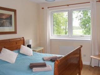 Modern, comfy and perfectly located on 'The Green' - Glasgow vacation rentals