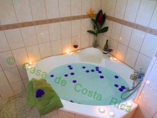 Welcome to Casa Bonita!! - La Fortuna de San Carlos vacation rentals