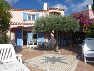 Great Villa 10 people with sea view & jacuzzi - Cavalaire-Sur-Mer vacation rentals