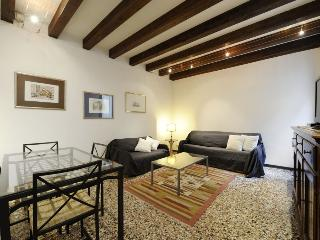 SAN MOISE' BOUTIQUE APARTMENT - Venice vacation rentals
