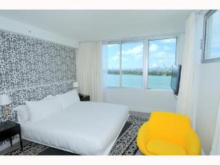999999 Mondrian  Three Bedroom BayView (Deluxe) - Avon Park vacation rentals