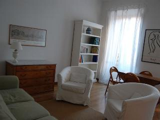 Elegant Bright Apartment Fori Imperiali - Lazio vacation rentals