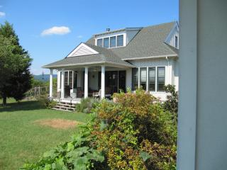 Sunny Cottage for 2 with views near Monticello - Charlottesville vacation rentals