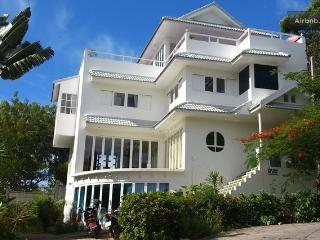 Celebrity Ocean View Mansion 4 Bed - Koh Samui vacation rentals