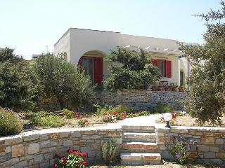 Single floor villa with sea view terrace - Cyclades vacation rentals