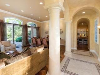 Pelican Hill Adjacent Villa has lush landscaping with access to golf and a gym - Newport Beach vacation rentals