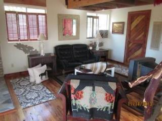 AUGUST MOON GUEST HOUSE  -  VINEYARDS GALORE ! - Somerset vacation rentals