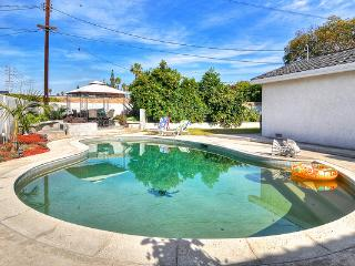 **Summer Sale**Walk to D'Land & Conv. Cntr** - Anaheim vacation rentals