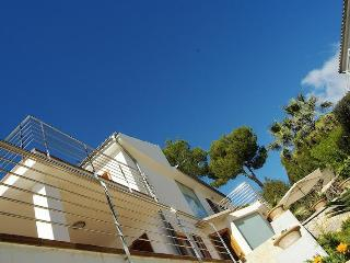 Villa with pool, near beach, golf, 10 pax, WLAN - Puerto de Alcudia vacation rentals