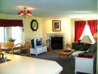 SLOPESIDE F101 3BR PICO CONDO - Mendon vacation rentals