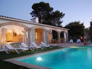 Beautiful villa with private pool and close beach - Puerto de Alcudia vacation rentals
