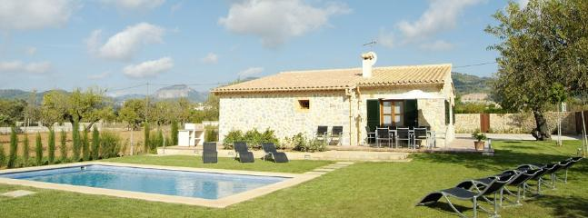 Nice finca in the centre Mallorca, pool and garden - Puerto de Alcudia vacation rentals