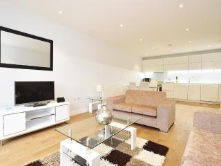 The Spitalfields 2 bedroom 2 Bathroom Apartment - London vacation rentals