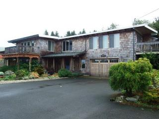 MADELAINES BEACH HOUSE #2 - Yachats - Yachats vacation rentals