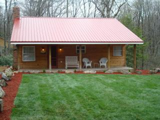 The Bear Paw Cabin, Confluence, PA - Confluence vacation rentals
