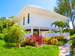Side By Side Guest House - Captiva Island vacation rentals