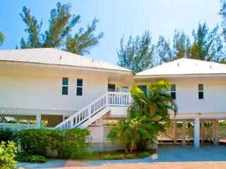 Side By Side Main House - Captiva Island vacation rentals