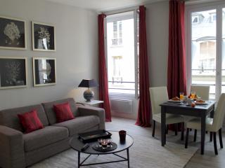 Marais Village - Chic 1 bedroom apartment - Paris vacation rentals