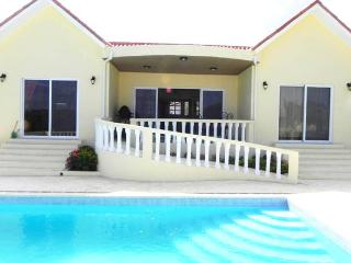 3BDR Villa: Large Pool, Double Parking, and Private! - Sosua vacation rentals