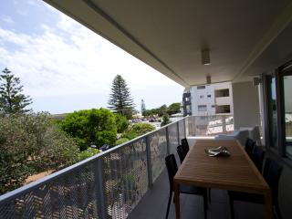 Award winning Executive style holiday apartment - Sunshine Coast vacation rentals